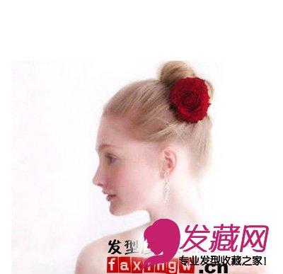 红色大玫瑰发簪配合简洁的发型,简单的装饰让你气质脱俗.