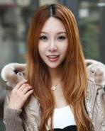 瓜子脸女生适合的刘海发型