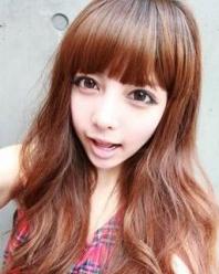 小脸女生适合的发型 瘦脸刘海扮嫩