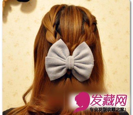 编发发型的甜美度 →韩式编发公主头发型 清甜扎发萌妹必学 →秋冬