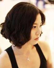 发型/30岁女人适合发型 8款气质短发让你更时尚