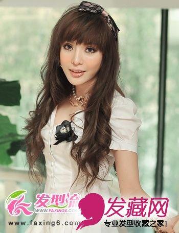 中长发发型秀出精致鹅蛋脸(4)