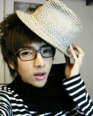 潮爆的韩式男长发型典藏