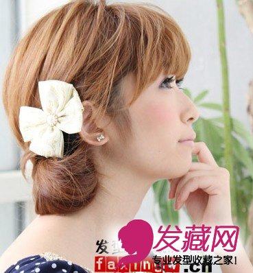 时尚甜美日系短发扎发(2)  导读:厚重齐刘海 侧扎马尾=可爱气质女