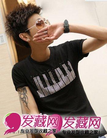 在 男生发型的基础上,运用烟花烫发发型设计,在梳理发型时,将全部发丝图片