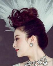 5月高贵新娘发型让你成为他的女王