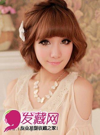 发型扎法,更具时尚的魅力,厚重感的齐刘海发型搭配,既优雅又甜美可爱.