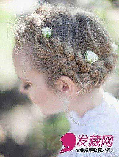 盘发 编发,夏季流行的扎法方式,一条沿头型扎起的辫子,点缀几个装饰