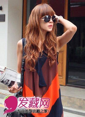 齐刘海卷发发型图片女生中长发卷发发型图片,搭配减龄瘦脸的齐刘图片
