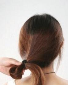 长发如何盘发 淑女气质的韩式盘发发型图片