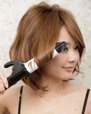 4步打造上镜小脸 甜美荷叶头发型