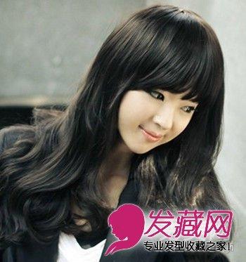 发型网 发型设计 卷发发型 > 最新气质迷人韩式长卷发 修颜又小脸(4)