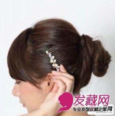 露额的丸子头发型  甜美可爱的流行发型分享 →丸子头怎么扎 图解