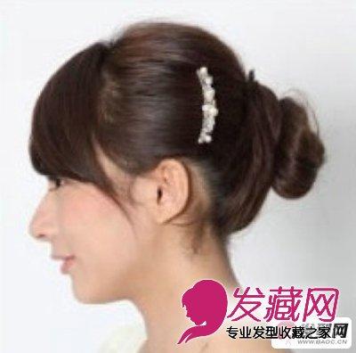 丸子头的扎法图解 清新甜美的迷人丸子头发型扎法(8)