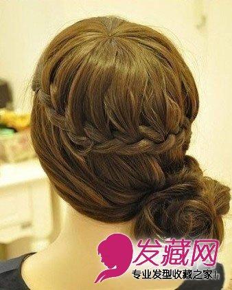 发型网 发型图片 盘发发型图片 > 简单韩式编发盘发步骤 diy绝美发型
