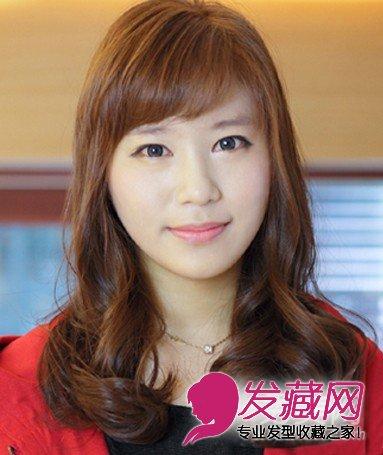 脸大适合什么发型 气质长卷发瘦脸(5)
