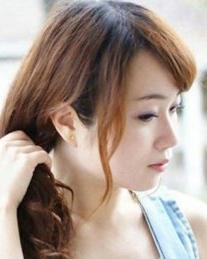编发教程 简单几步教你编织气质韩式编发