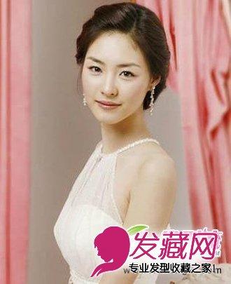 发型也要头饰配 好看新娘发型推荐 →韩式新娘编发教程图解 自己做
