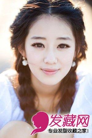 日系粉色染发发型图片 中性风的甜美长短发 →换季女生发型大全 20图片