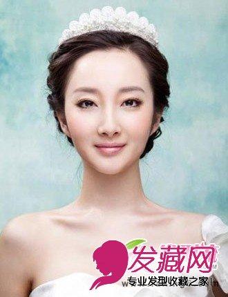 > 2015新娘发型图片 简约唯美新娘发型分享(3)  导读:公主范 韩式新娘图片