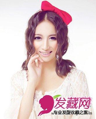 时尚发型 > 冬季流行时尚女生发型图片分享(5)  导读:麦穗烫双 马尾