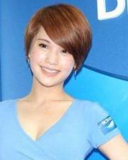 杨丞琳短发发型 完美修颜