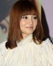 李小璐发型 气质发型  甜美减龄齐刘海发型
