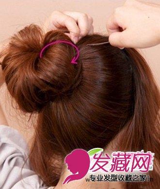简单韩式发型盘发 花苞头发型怎么扎(4)图片