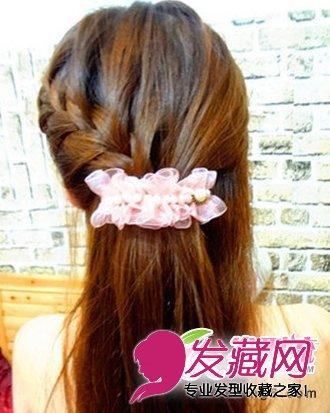 萝莉韩式发型编发步骤二
