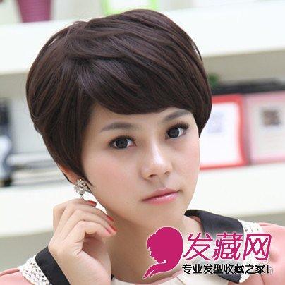 发尾微蓬的中发清新甜美 →学韩国女生剪短发发型 13款look时髦百变不图片