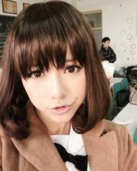 发型/冬季圆脸适合的中短发发型