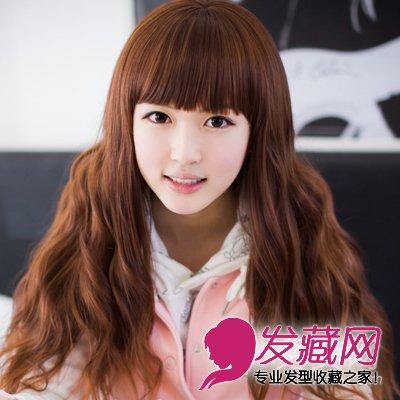 宽脸方脸适合的披肩卷发发型(6)