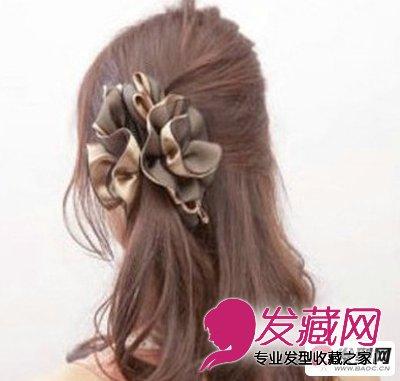 > 简单盘发发型 教程 打造甜美公主头发型(7)  导读:盘发教程步骤六