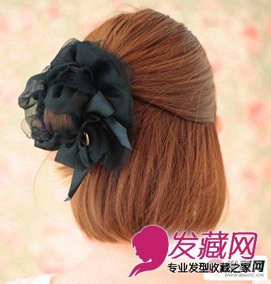 流行发型 短发发型 > 短发怎么扎好看 diy两款简单短发发型的扎法步骤