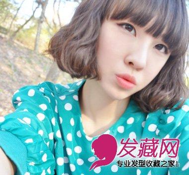 可爱度的韩式 女生短发,带来无辜感的刘海,抓出几个缝隙后,更显青春