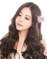 冬季什么发型诚博娱乐官网 韩式唯美的长卷发