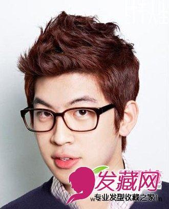 > 最新男士烫发 齐刘海发型使五官更加深邃立体(5)  导读:立体感男生图片