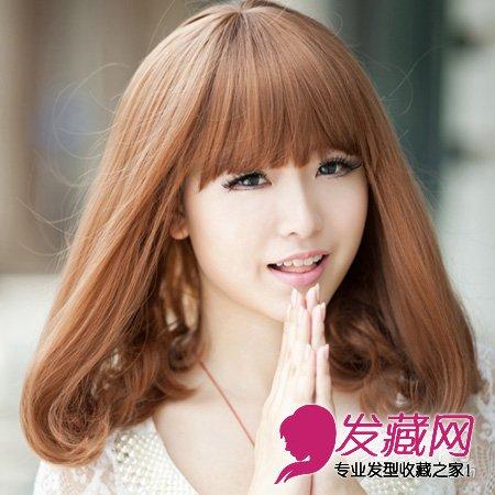 自然的梳外卷梨花头发型 不同脸型适合的瘦 →韩式短发外卷发型