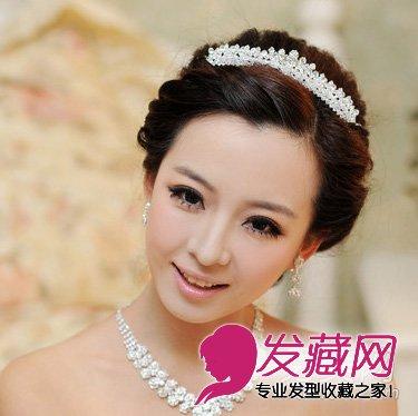 2015新娘发型流行趋势 端庄的新娘编发盘发(3)图片