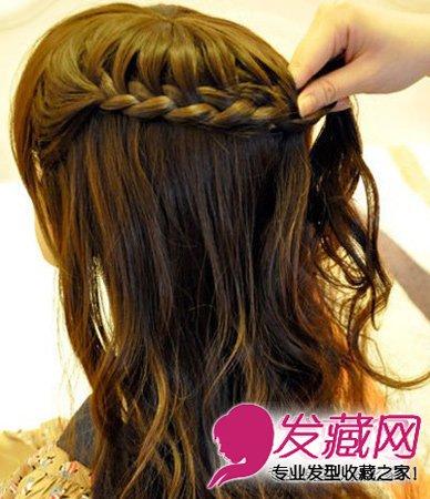 图解(4)  导读:马尾怎么扎好看 图解韩式侧马尾扎发 步骤三:图为辫子
