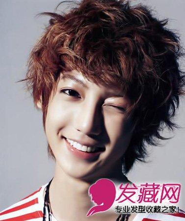 2013韩系男生短发流行趋势 可爱的赵荣昱一头金棕色 染发 短发型,小s图片
