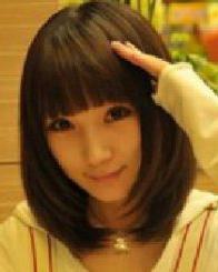 齐刘海的内扣中长发发型 比较好的修颜发型