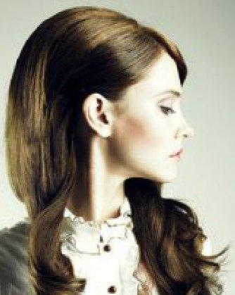 女性掉头发的原因 秋季如何预防脱发掉发