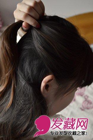 导读:中长发怎么扎好看 简单的淑女半扎发教程 然后再弄一缕头发,比