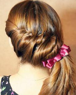 超级甜美的侧马尾扎发发型 韩式马尾扎发教程