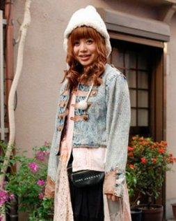 街拍温暖甜美东京潮女发型