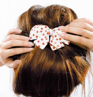 发饰戴法 让你的发型迅速变美