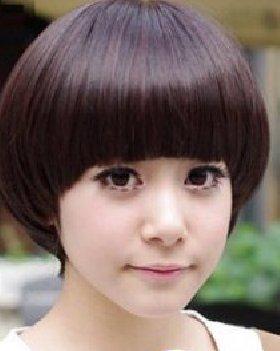 厚重感的蘑菇头女生短发 尽显纯美靓丽气质