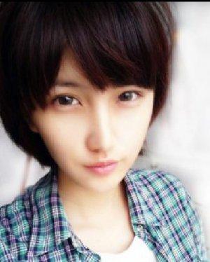 2015春夏女生短发发型