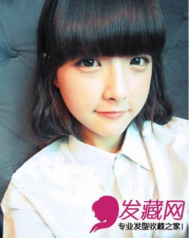齐刘海的短发蛋卷头发型,内扣的齐刘海一直是齐刘海打造的重点.